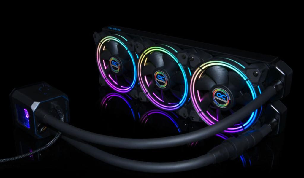 Elérte az RGB láz az Alphacool kompakt hűtéseit is