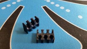 MerlinMOD Classic műanyag kábelfésű 3mm - 6 slot fekete 1db