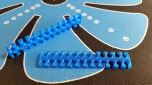 MerlinMOD Wide műanyag kábelfésű 3mm - 24 slot kék 1db