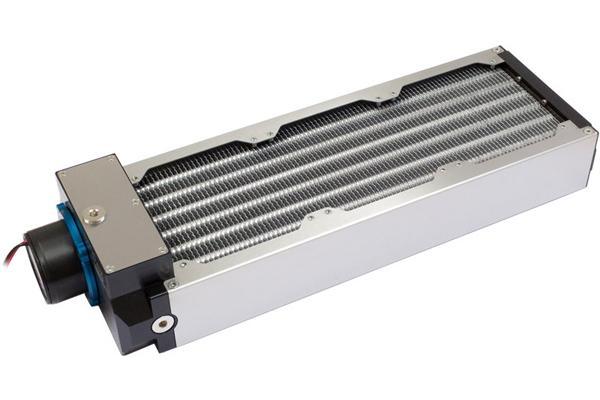 Aquacomputer airplex moduláris rendszer 360 mm, alumínium lamellák, D5 szivattyú, rozsdamentes acél oldallapok /33020/